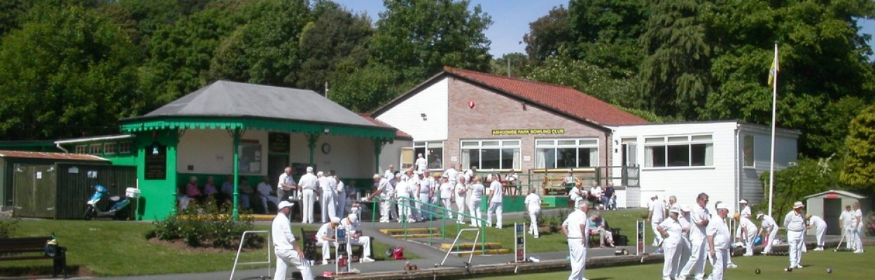 Game in progress at Ashcombe Park Bowling Club
